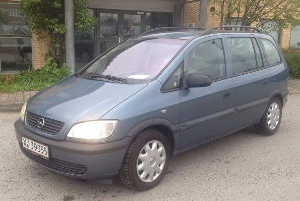 Mettes_Opel_Zafira_København_biludlejning_snappcar